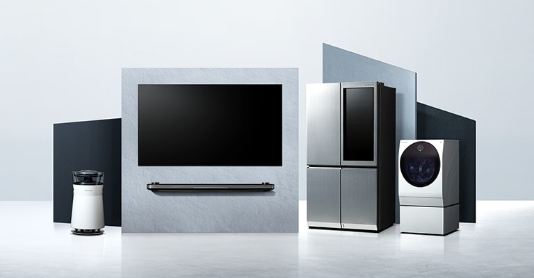 LG SIGNATURE OLED TV W, Refrigerator, and Washing Machine are laid on the virtual space.