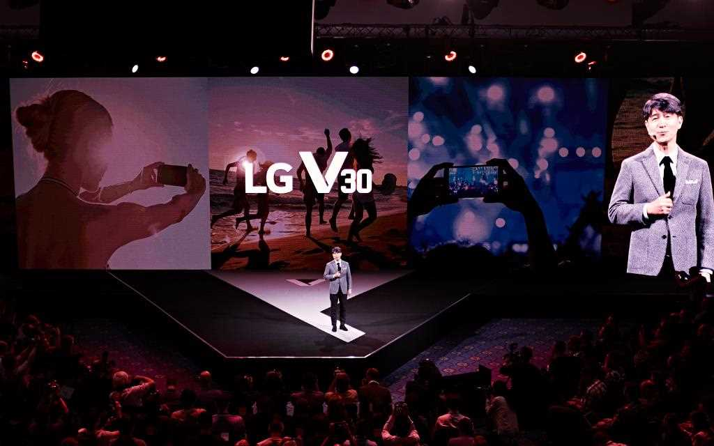 A photography of lg v30 unveiling event in berlin IFA 2017