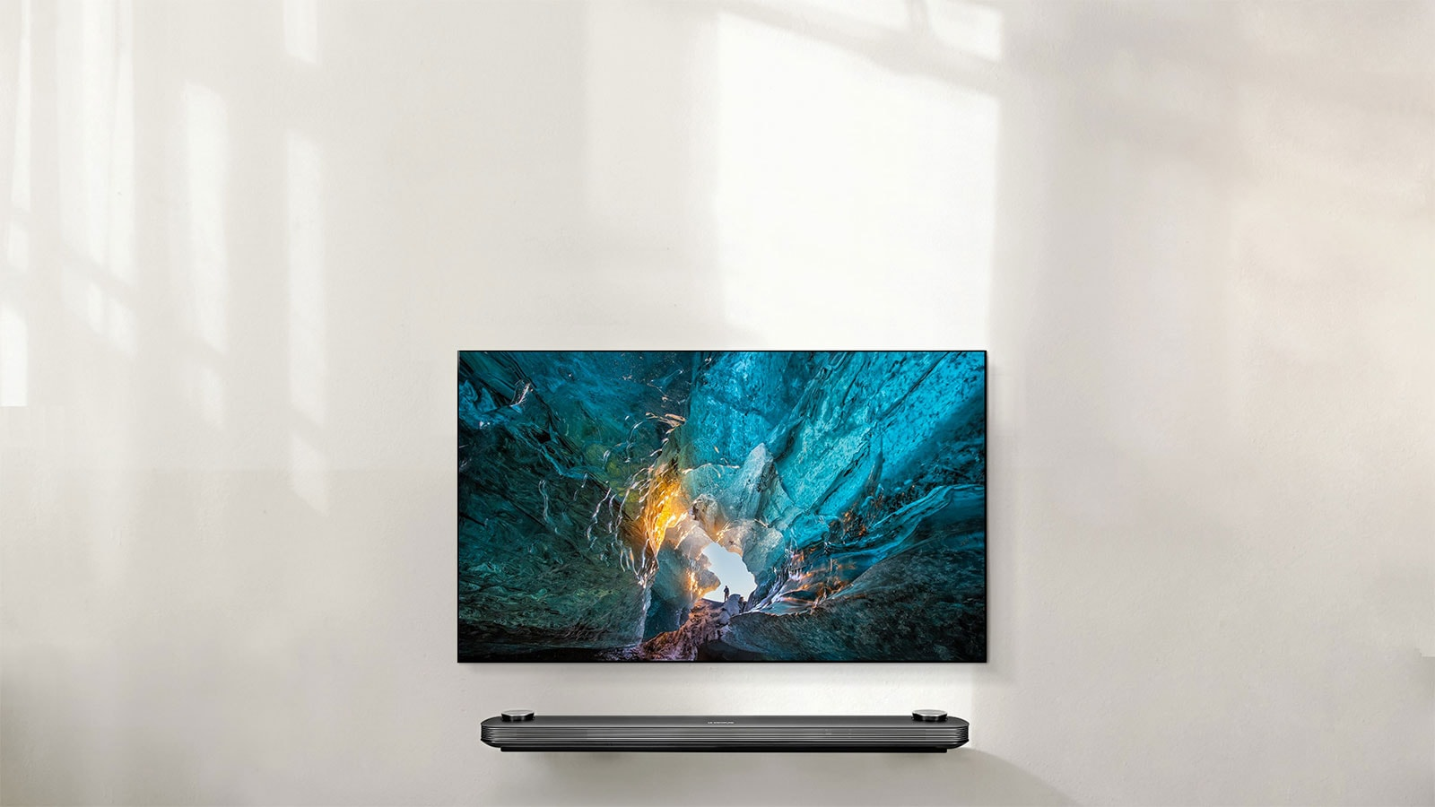 LG SIGNATURE WALLPAPER OLED TV 65 Inch
