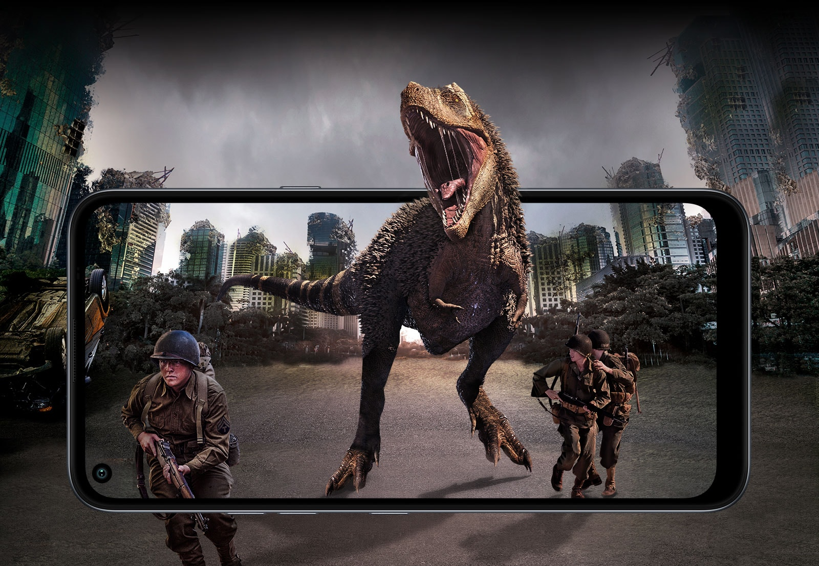 Batalha com soldados e um dinossauro, tendo ao fundo uma cidade destruída