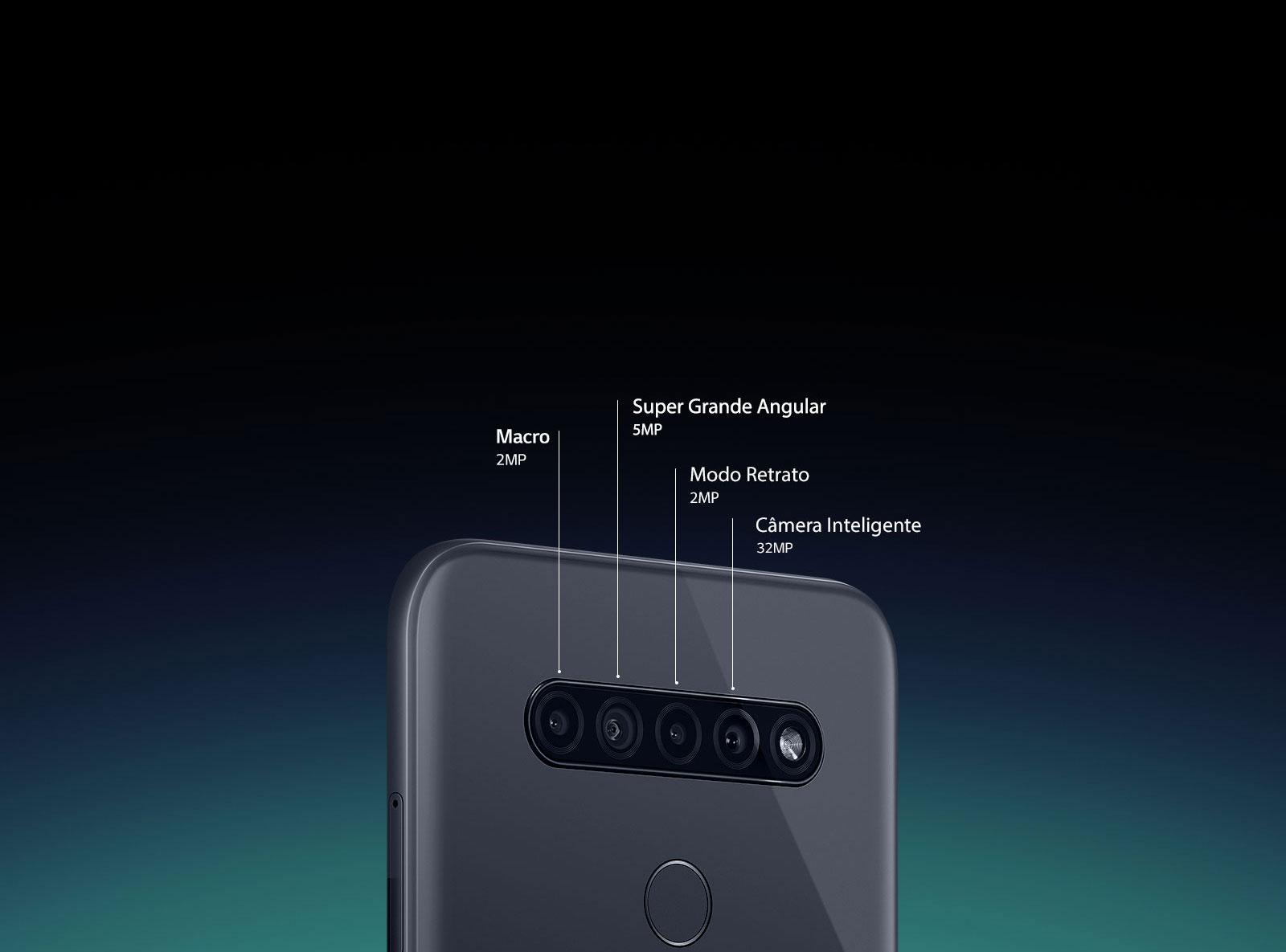 Vista traseira do smartphone mostrando quatro câmeras