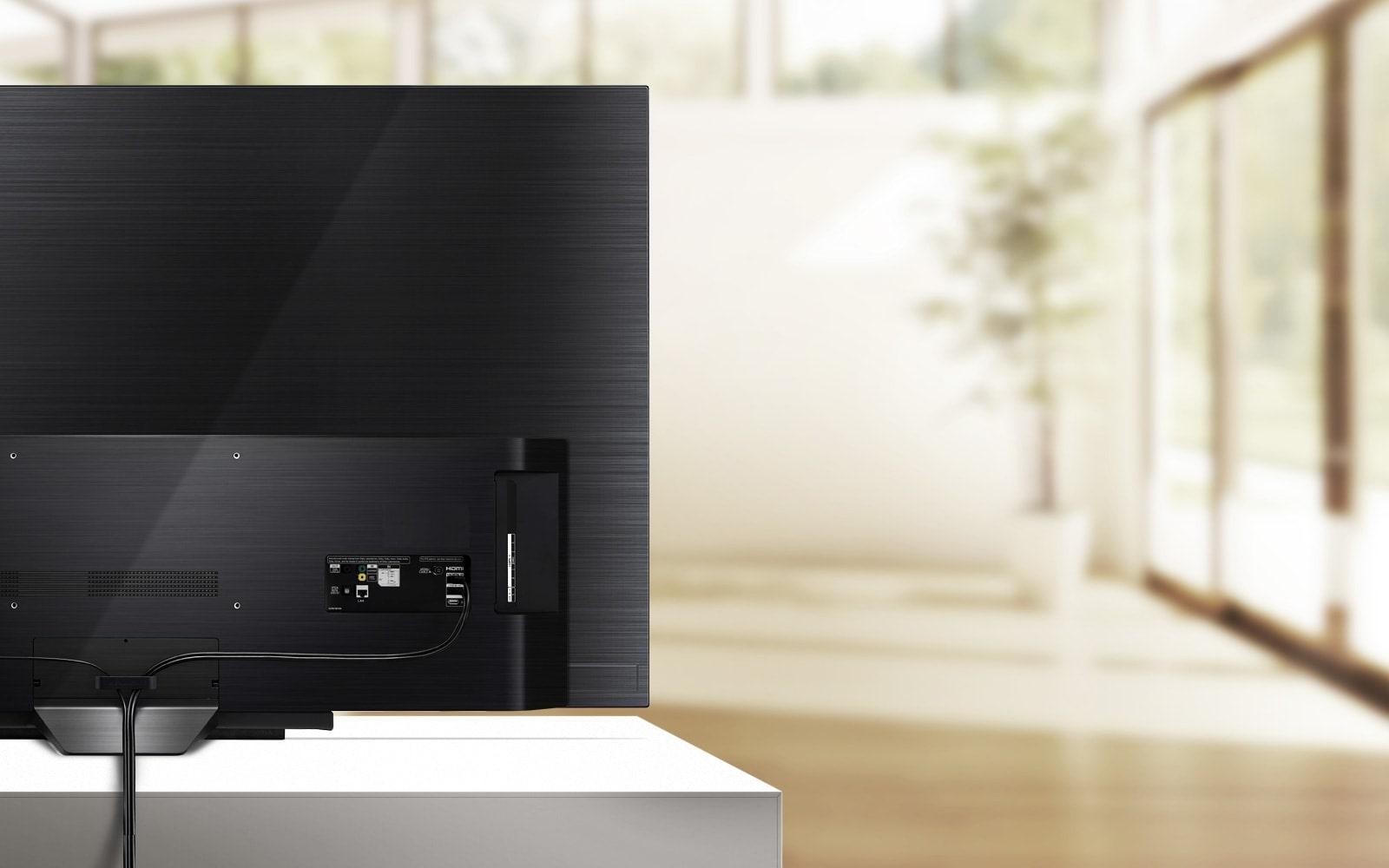 TV-OLED-B9-07-Cable-Management-Desktop