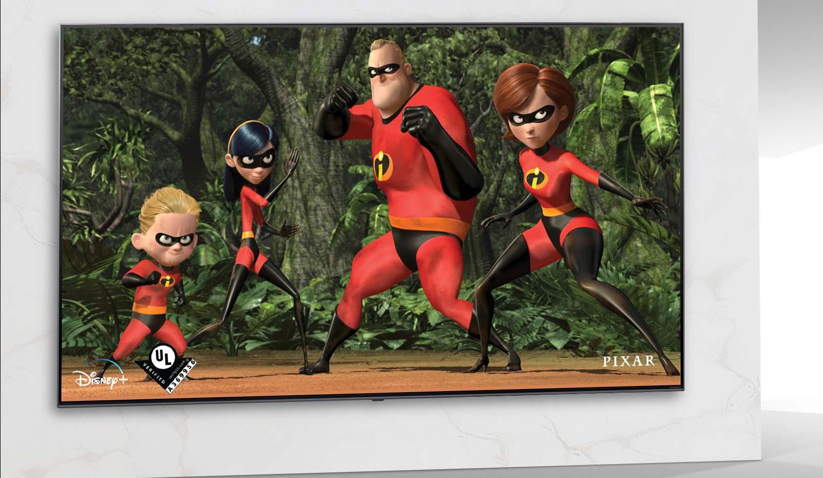 Una imagen de Los increíbles de Pixar en la pantalla del TV