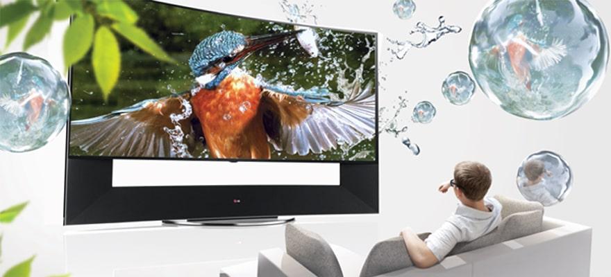 通过超高清分辨率和超大屏幕体验清晰生动的3d视界.
