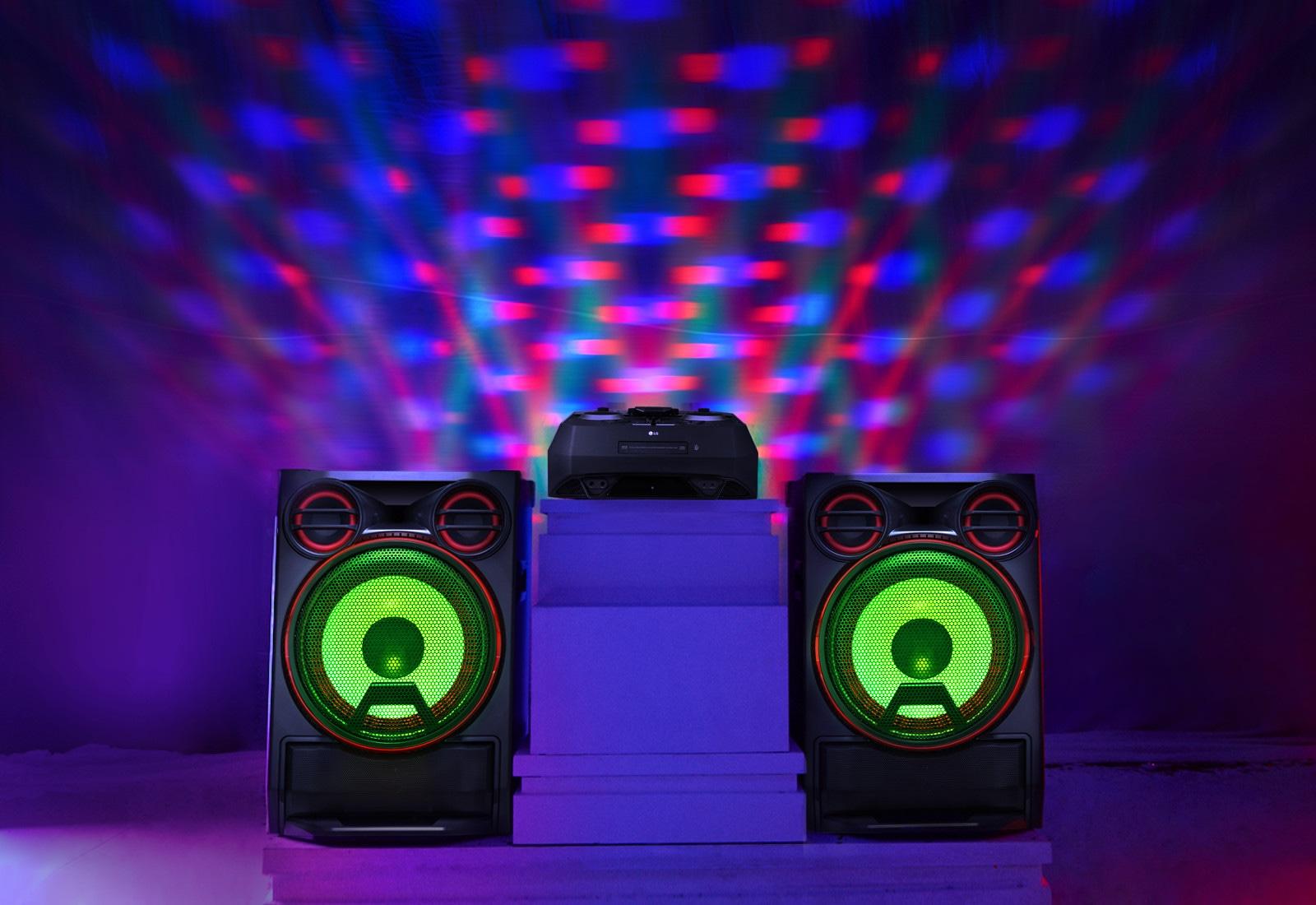 03_CK99_Light_Up_Your_Party_Desktop
