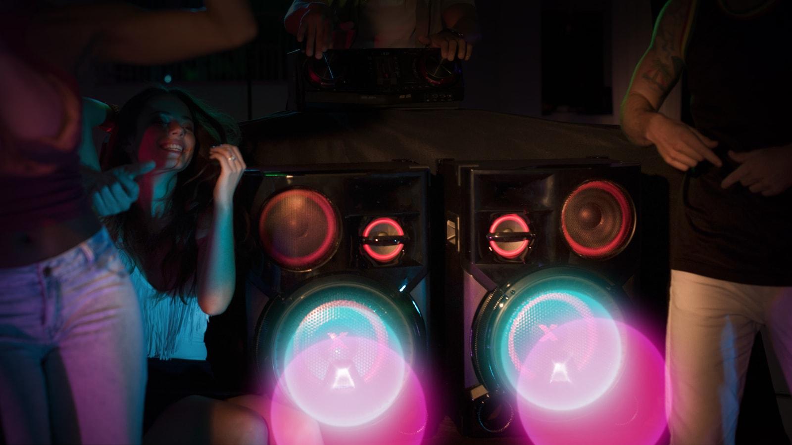 Party osvětlení, proměňte večírek vhudební klub