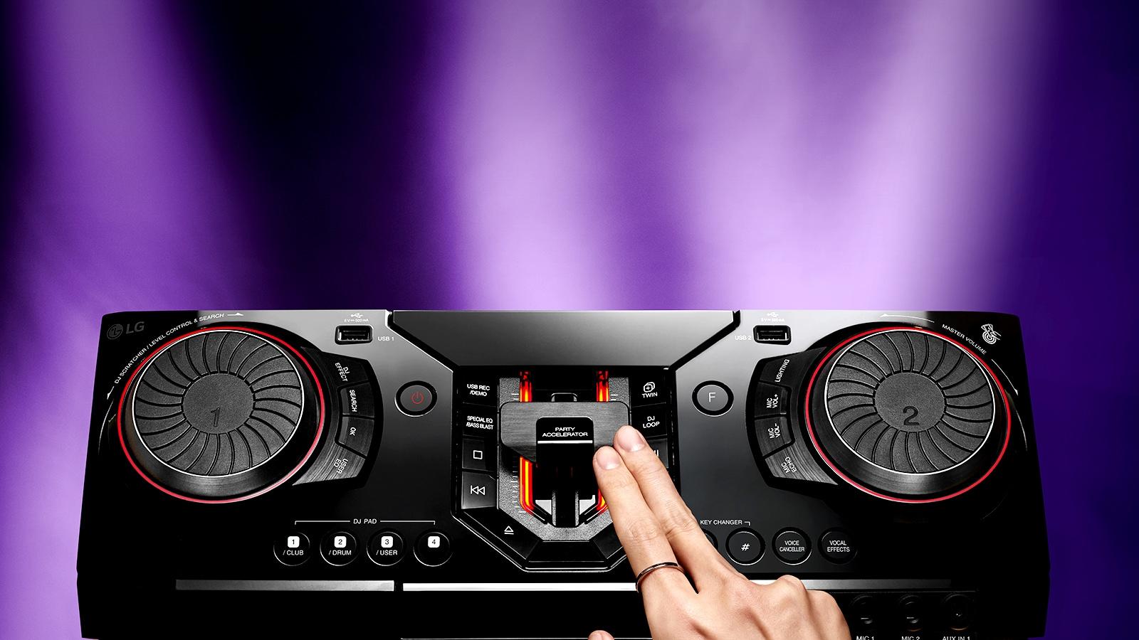 CAV-MiniAudio-CL88-04-Party-Accelerator-Desktop