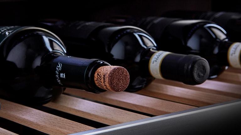 Los vinos se situan en la Vinoteca Gourmet LG SIGNATURE