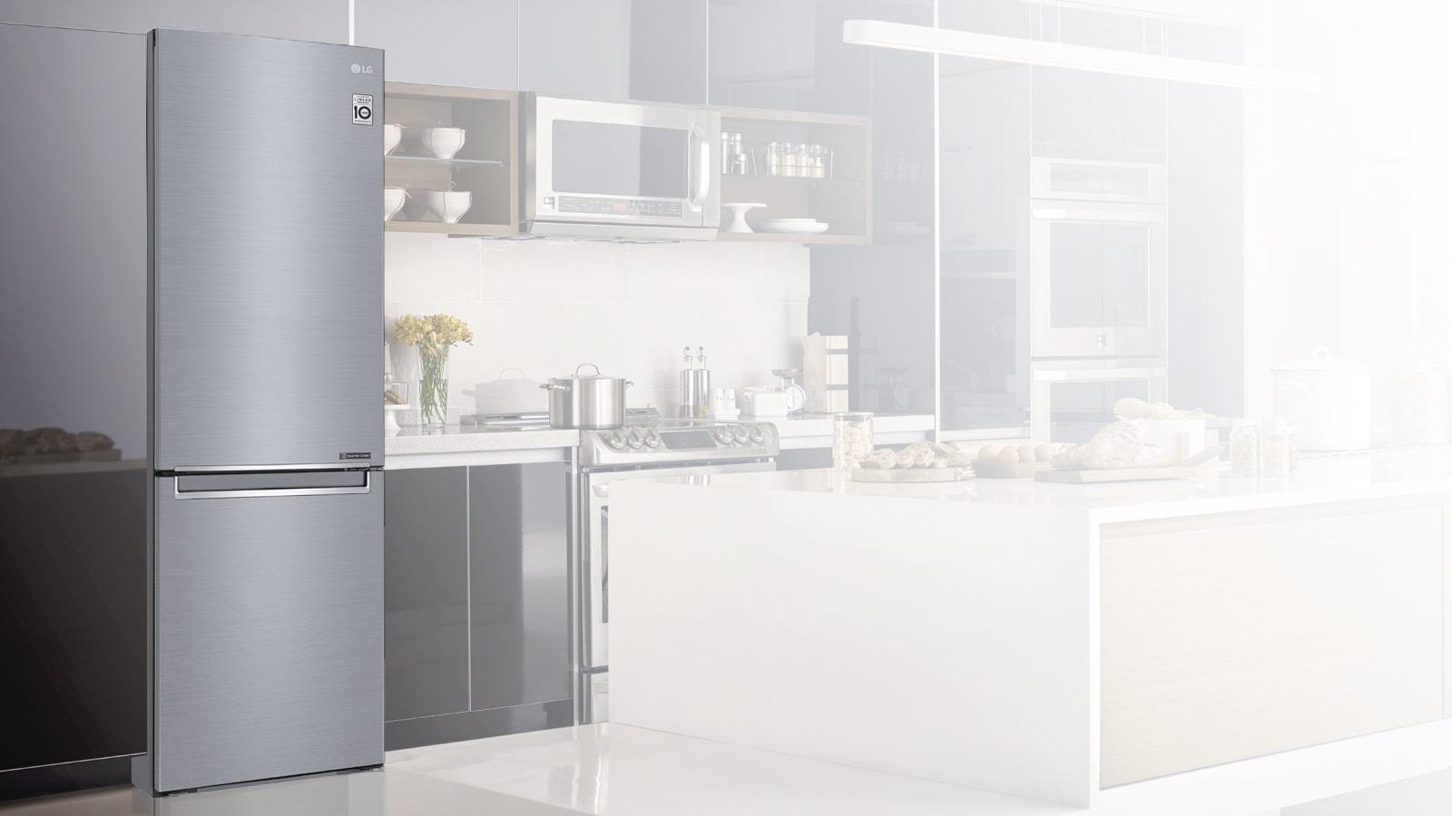 Réfrigérateur parfaitement intégré dans une cuisine
