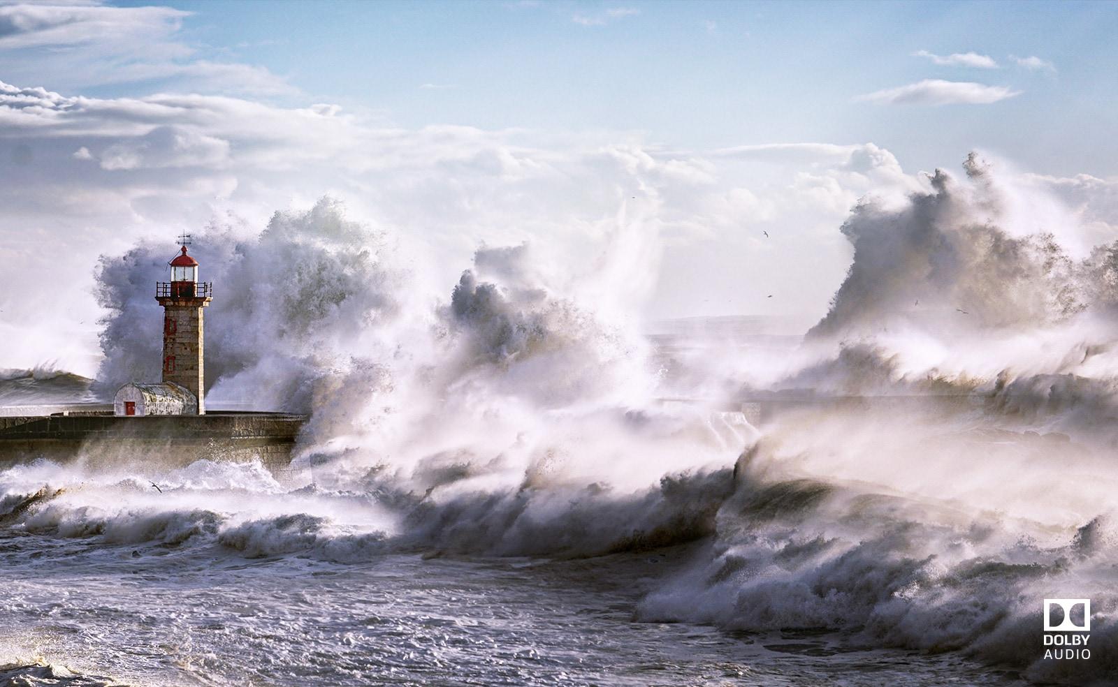 Un phare submergé par le courant