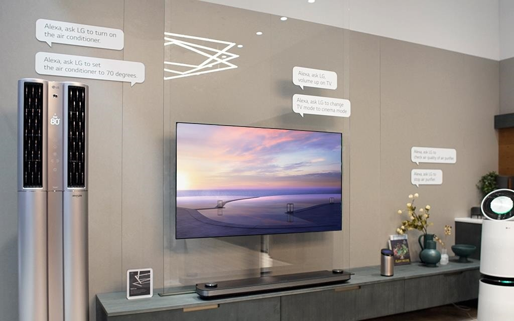 LG is presenting new smart home appliances meet artificial intelligence (AI) technology at ces 2018.