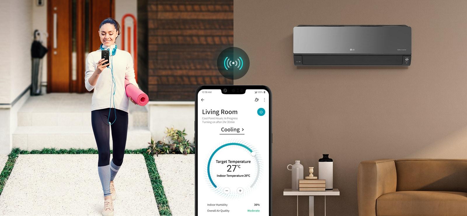 """Tri ikone na vrhu označavaju da se u rotirajućem prikazu nalaze tri slike. Druga je ikona s oznakom """"Smart Alert"""" u crvenoj boji. Čovjek sjedi na podu i gleda svoj telefon s pećnicom u pozadini. Na lijevoj strani zaslona nalazi se slika aplikacije ThinQ na zaslonu telefona s ikonom za Wi-Fi iznad nje."""