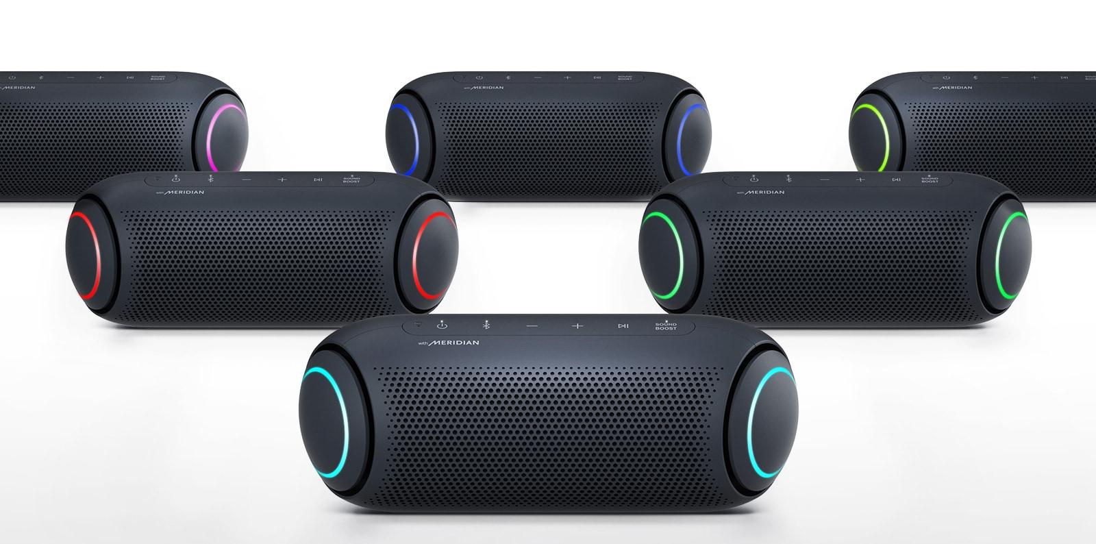 Na bijeloj pozadini pet zvučnika XBOOM Go prikazuju osvjetljenja u različitim bojama.