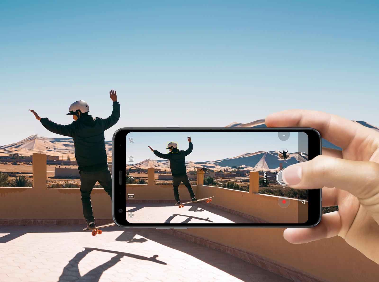 LG Q7 (LMQ610YN) - The AI Powered Smartphone | LG IN