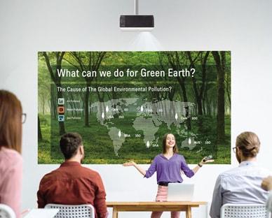 LG BU50NST prilagodljiv in prilagodljiv projektor
