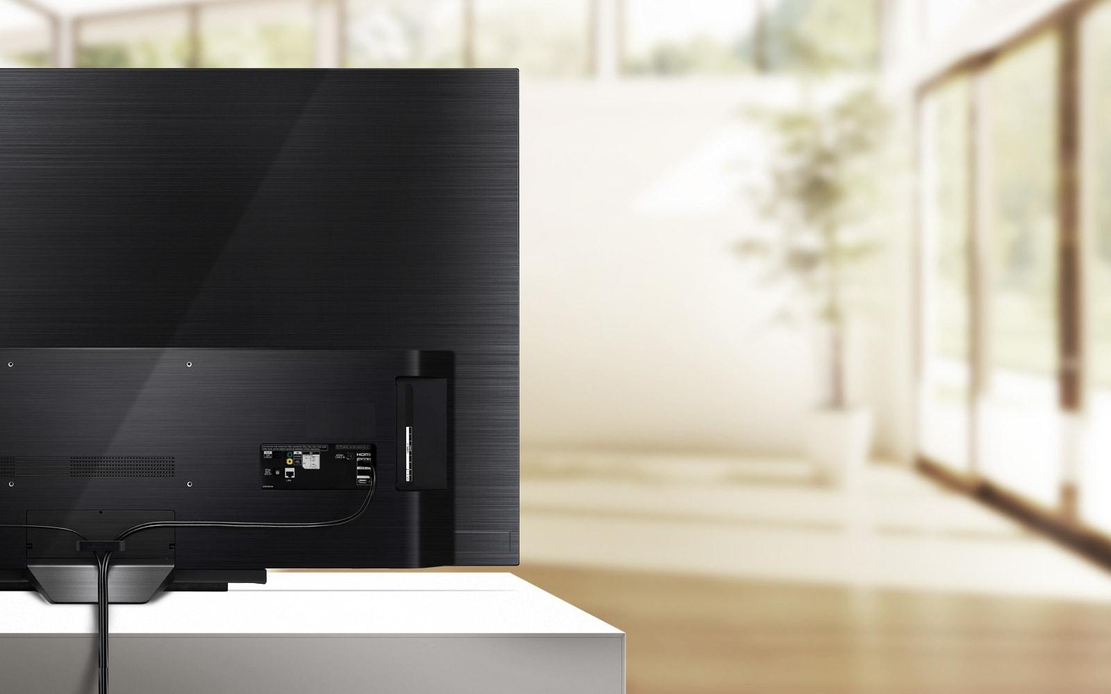 OLED-TV-B9-07-Cable-Management-Desktop
