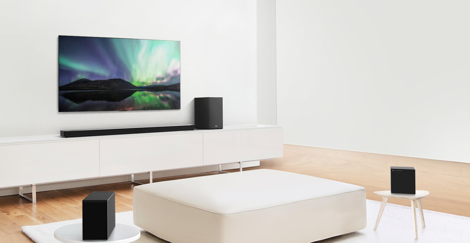 Video preview showing LG Soundbar in a white living room with 7.1.4 channel setup.