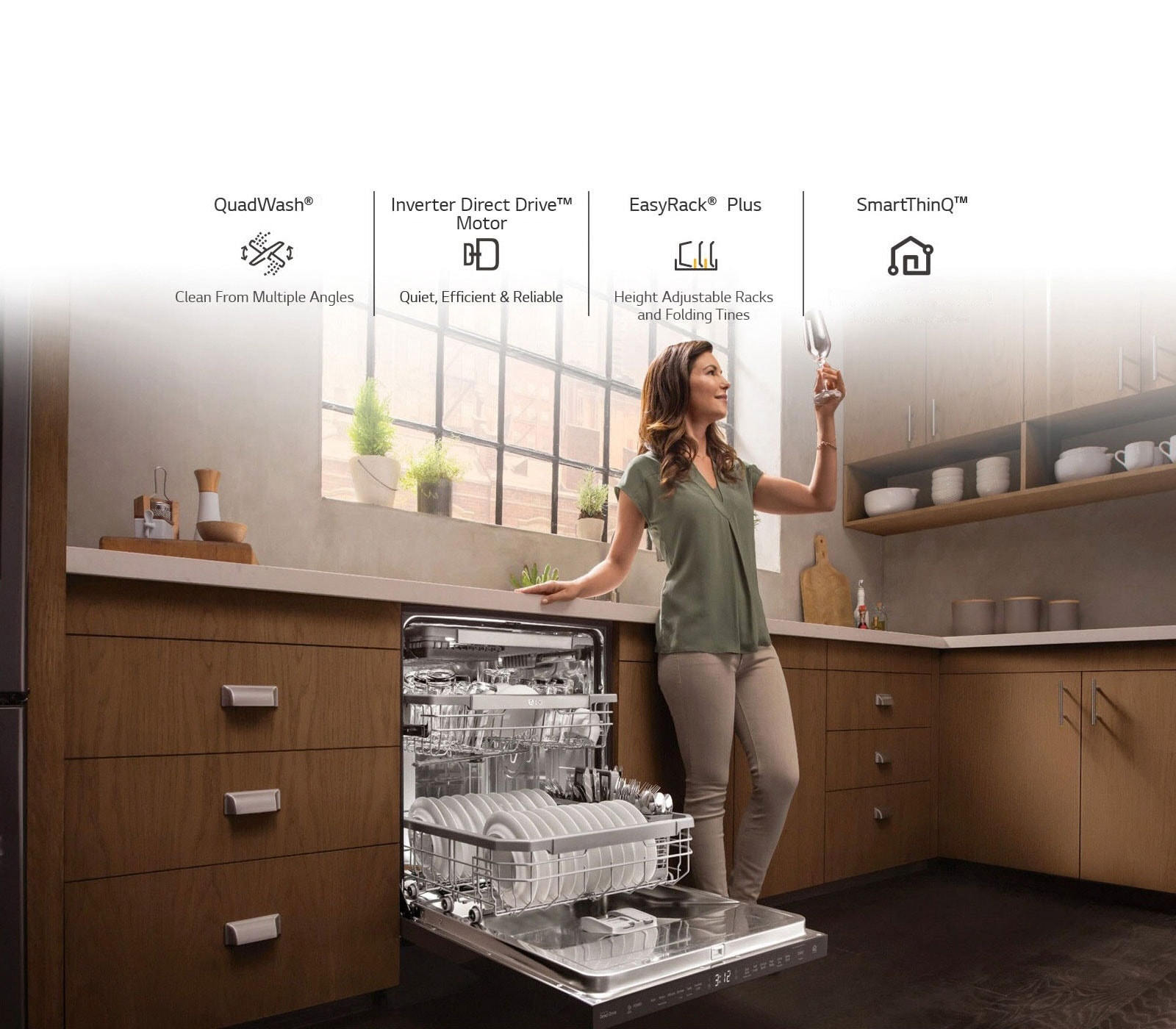Four Reasons to Buy an LG QuadWash® Dishwasher1