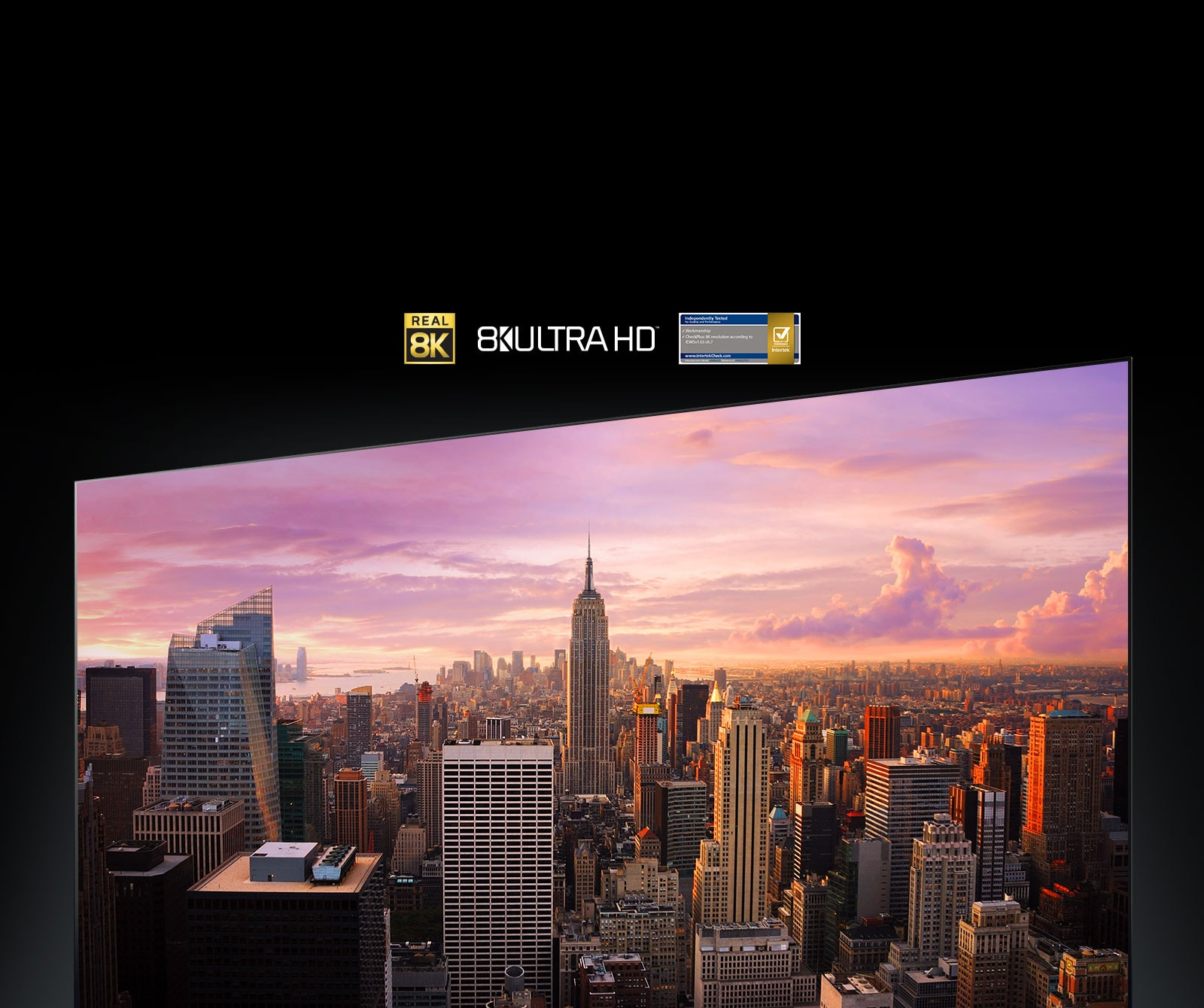 عرض بانورامي لمدينة نيويورك على شاشة التلفزيون