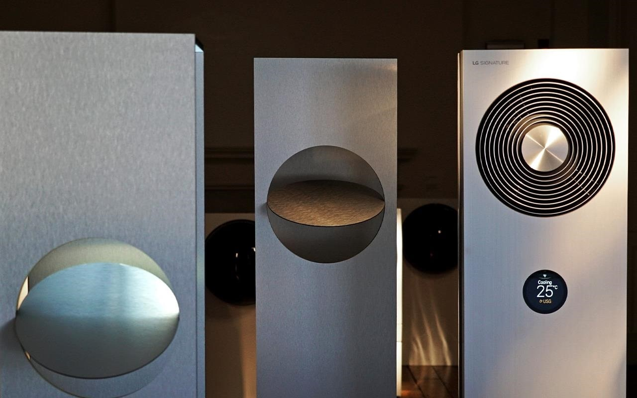 The brand new LG SIGNATURE Air Conditioner was on show at London Design Week, merging futuristic technology with minimalist design | More at LG MAGAZINE