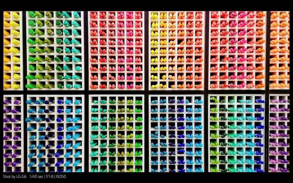 A photography of patterned multiple color pencils shot by lg g6