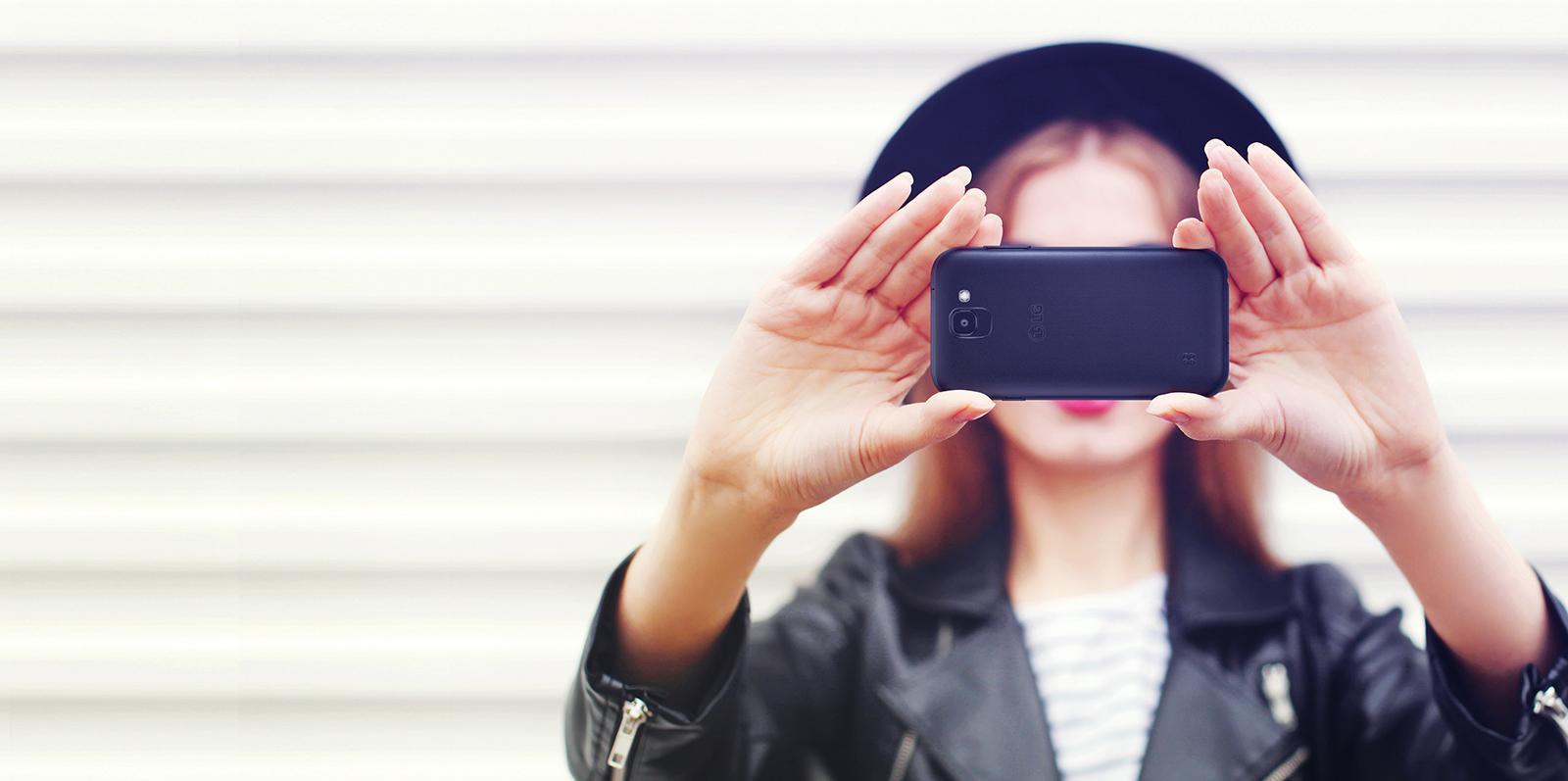 LG Phones: Explore LG\'s Full Range of Cell Phones | LG USA