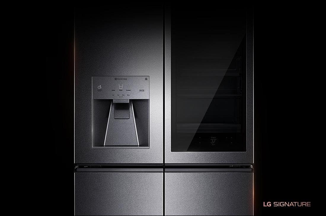 LG SIGNATURE 31 cu. ft. InstaView™ Door-in-Door® Refrigerator