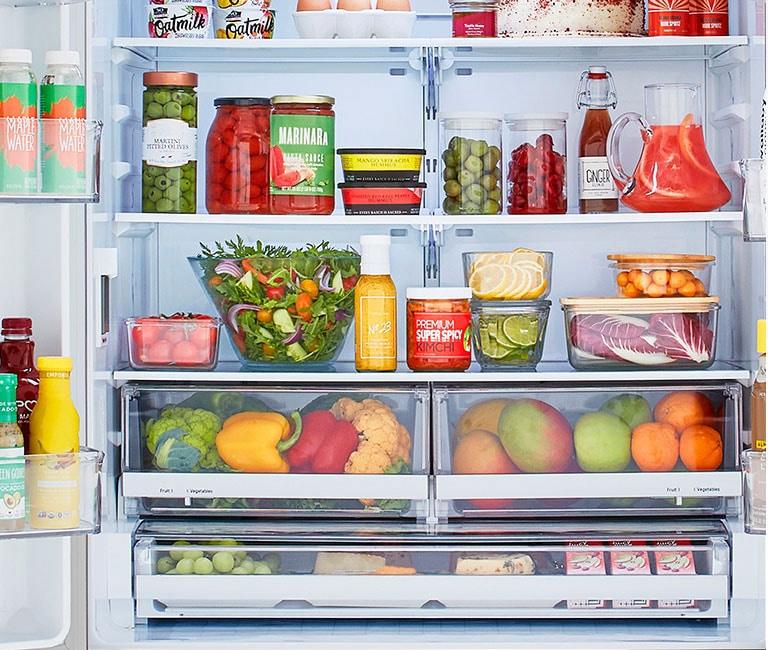 Refrigerator interior showcasing  Smart Cooling® system