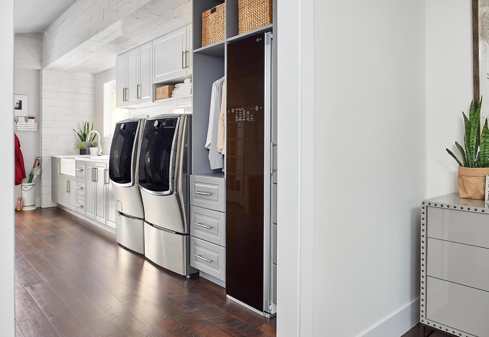 Mudroom Laundry Room Small