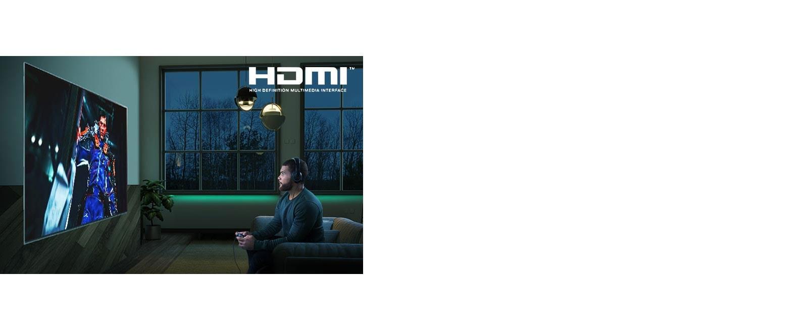 Người đàn ông ngồi trên ghế sofa, cầm cần điều khiển trong khi chơi game RPG trên màn hình TV