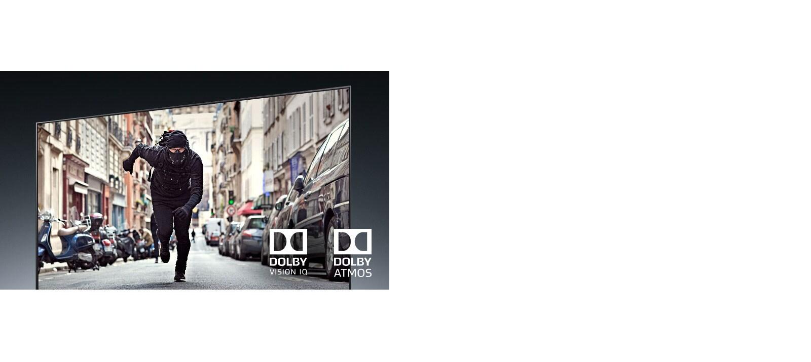 Màn hình TV hiển thị một tên trộm đang chạy trong một bộ phim hành động