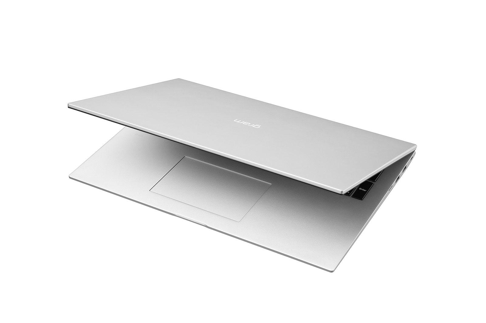 LG Laptop LG gram 17'', Windows 10 Home, Intel® Core™ i7 Gen11, 16GB, 512GB, 16:10, Hình từ góc -30 độ và dựng màn một chút, 17Z90P-G.AH76A5