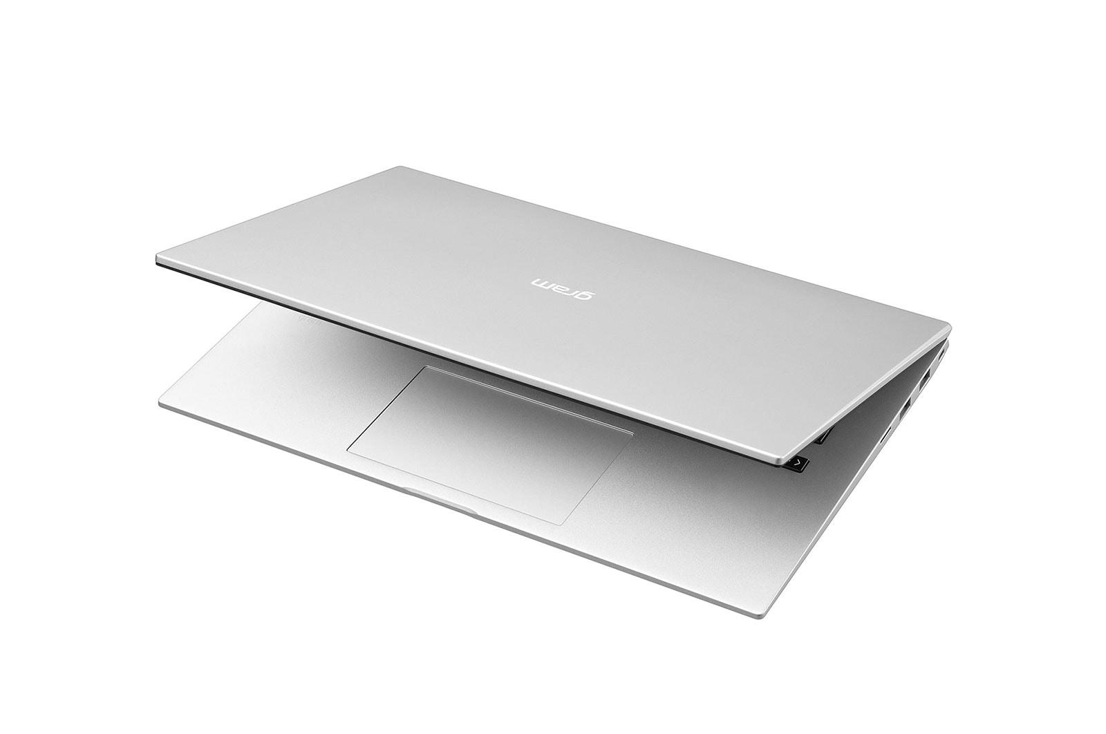 LG Laptop LG gram 14'', Intel® Core™ i5 Gen11, 16GB, 512GB, 16:10, Hình từ góc -30 độ và dựng màn một chút, 14ZD90P-G.AX56A5